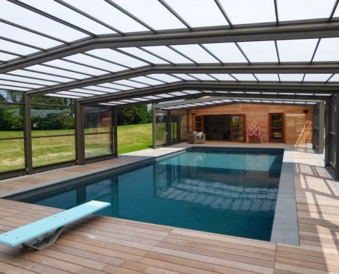 Abris de piscine ec 39 creation bas haut t lescopique spa for Abri de piscine sans rail au sol